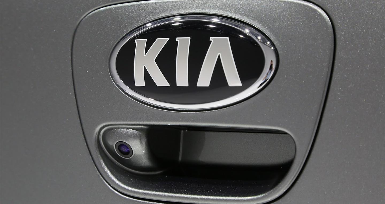 2017-kia-picanto-10.jpg